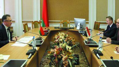 صورة السفير السوري في بيلاروس يلتقي رئيس اللجنة الدائمة للشؤون الخارجية في مجلس النواب البيلاروسي