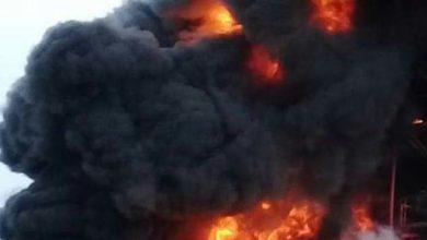 صورة إخماد حريق ضخم في معمل للفلين بمدينة حسياء الصناعية