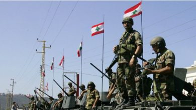 صورة وفد عراقي يصل إلى بيروت لتسليم هبة إلى الجيش اللبناني