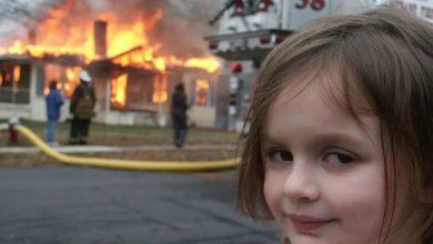 """صورة """"الفتاة الكارثة"""" تحصد من صورتها الاستثنائية نصف مليون دولار"""