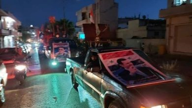 صورة مسيرة سيارات تأييدا للرئيس الأسد في محردة (صور)