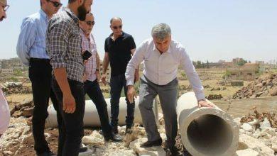 صورة المحافظ دبيات يتفقد عدداً من المشاريع الحيوية في المحافظة