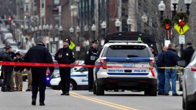 صورة الشرطة الأمريكية توقف سيارة مسرعة.. وفي صندوقها كانت الصدمة