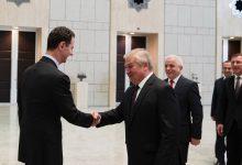 صورة الرئيس الأسد خلال استقباله لافرنتييف: سورية تعمل بشكل حثيث من أجل عودة اللاجئين