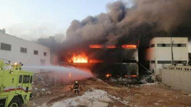 """صورة إصابة ٨ أشخاص في حريق بمدينة """"الشيخ نجار"""" الصناعية بحلب"""