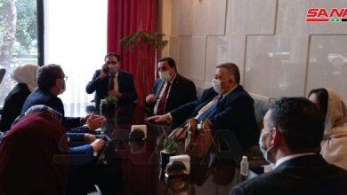صورة ممثلاً الرئيس الأسد… صباغ يشارك في مراسم أداء اليمين الدستورية للرئيس الإيراني