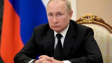 صورة بوتين: الدخل المنخفض لملايين المواطنين الروس عدونا الرئيسي