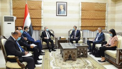 صورة عرنوس يبحث مع السفير الصربي لدى سورية تعزيز العلاقات الثنائية في المجالات الاقتصادية والاستثمارية