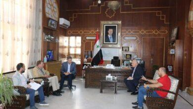 صورة كريشاتي يبحث مع الصليب الأحمر الدولي دعم النازحين العائدين لمناطقهم المحررة بحماة