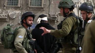 صورة الاحتلال يعتقل 3 فلسطينيين شمال رام الله