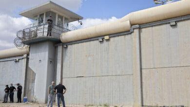 """صورة الإحتلال اعتقل آخر فلسطينيين محررين من """"جلبوع"""" عبر عملية تضليل في جنين"""