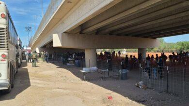 صورة مغادرة جميع المهاجرين الهايتيين من الحدود الأميركية المكسيكية