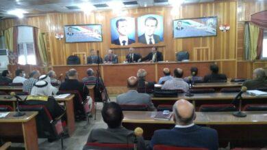 صورة مجلس محافظة الحسكة يقر فرض الرسوم والتكاليف على مؤسسات الدولة للعام المالي المقبل